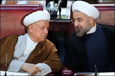 حاشیههای اجلاس خبرگان؛ احترام هاشمی به روحانی و همراهی همسر یک عضو مجلس