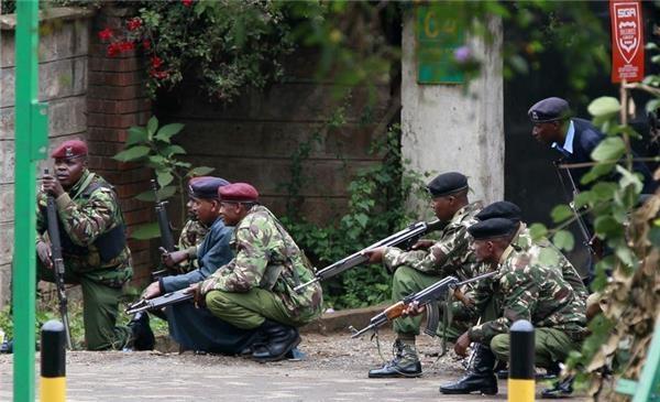 دو نفر از تروریستهای گروگانگیر در مرکز خرید نایروبی کشته شدند