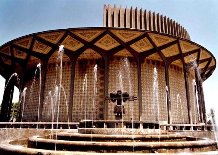 بازسازی تئاترشهر به بعد از جشنواره آیینی سنتی موکول شد