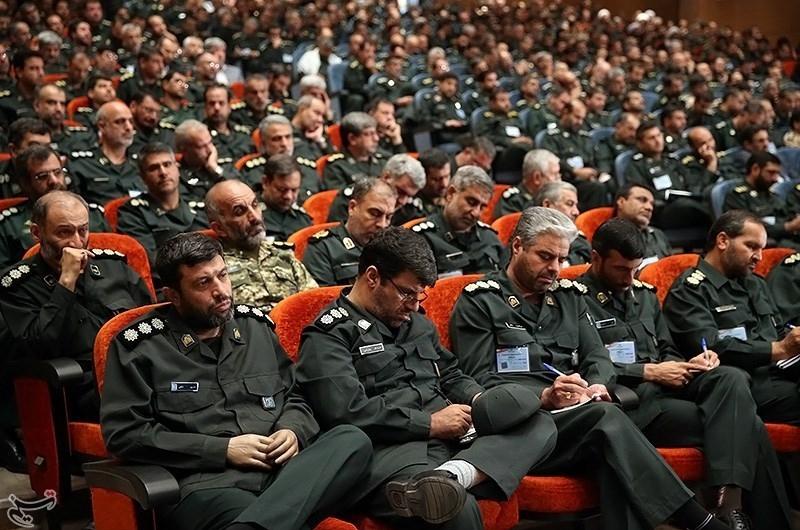 تصاویر مراسم بیستمین مجمع سراسری فرماندهان و مسئولان سپاه