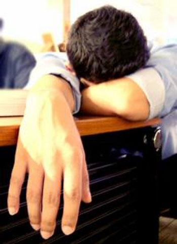 عادتهای غذایی که موجب خستگی میشوند