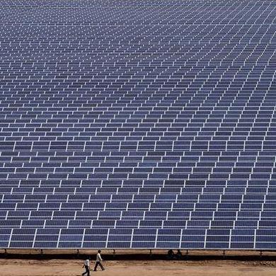 هند به دنبال ساخت بزرگترین نیروگاه خورشیدی جهان
