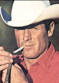 مرد سابق مارلبورو با ریه سیگاری از دنیا رفت