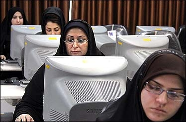 سرانه یک کیلوبیتی ایران از پهنای باند اینترنت جهان؛ ترکیه ۵۰ برابر و قطر ۱۰۰ برابر ایران