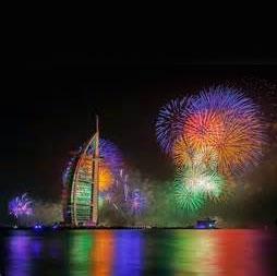 اجرای بزرگترین آتشبازی جهان در گینس بنام دبی ثبت شد