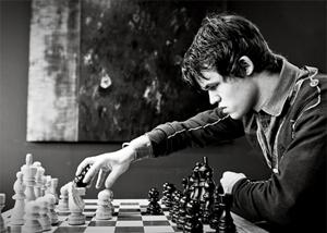 ثروتمندترین مرد جهان شطرنج را به چه کسی باخت؟