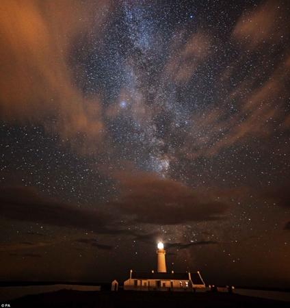 آشنایی با یکی از بهترین مکانها برای تماشای آسمان