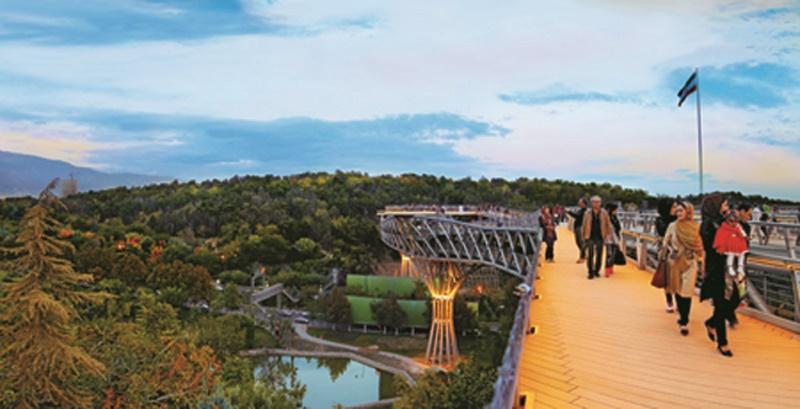 پل طبیعت؛ معلق بر فراز زیباییهای پایتخت