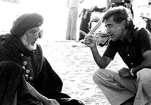 مصطفی عقاد و آنتونی کوئین در پشت صحنه فیلم محمد رسول الله ص ۱۹۷۶
