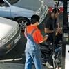 بهرهکشی برخی جایگاهها از کارگران پمپبنزین