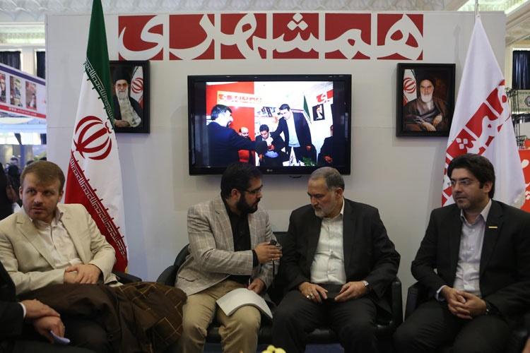رئیس کمیسون عمران مجلس از غرفه همشهری