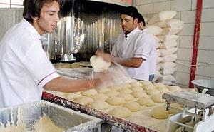 مصوبه افزایش ۳۰ درصدی قیمت نان مسکوت ماند
