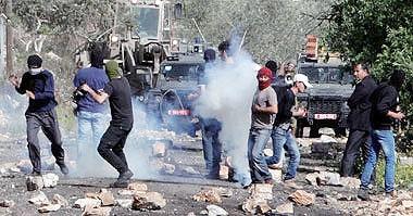 زخمی شدن دهها فلسطینی در درگیری با نیروهای رژیم صهیونیستی در قدس و کرانه باختری