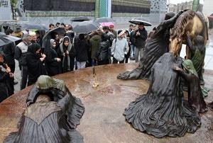 مجسمه عصر عاشورا رونمایی شد