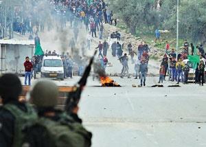 کرانه باختری طی روزهای گذشته شاهد درگیریهای گسترده میان فلسطینیها و نظامیان صهیونیست بوده است.