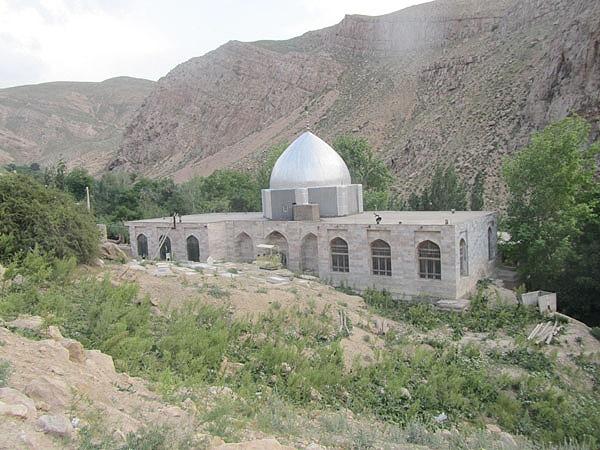امامزاده یحیی بن زید(ع) در زیارت