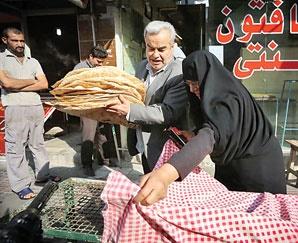 مردم در تنور اختلاف دولت و نانوایان میسوزند