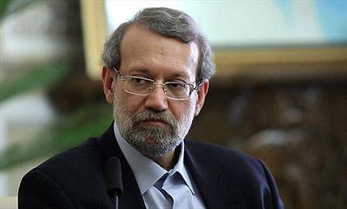 لاریجانی: نیروهای مسلح ایران به مقاومت کنندگان در برابر تروریست کمک میکند