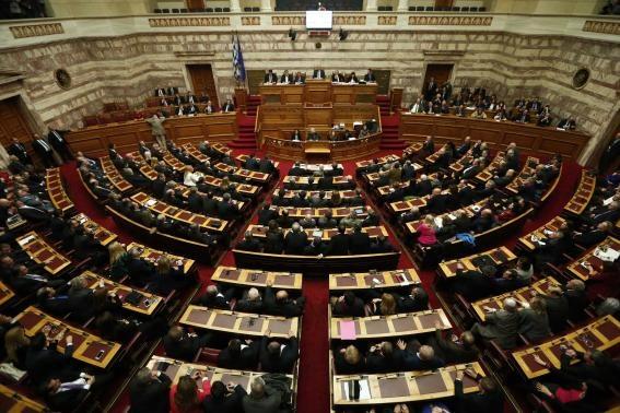 رئیس جمهور یونان انتخاب نشد، پارلمان منحل و انتخابات زودهنگام برگزار می شود
