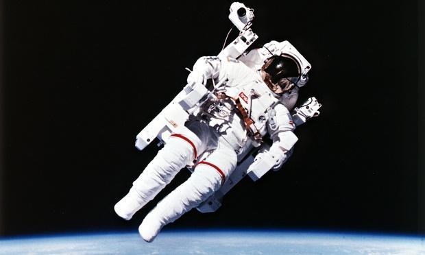 سفر فضایی