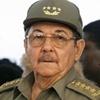 رائول کاسترو: اوباما میتواند از اختیارات خود برای حذف تحریمها استفاده کند