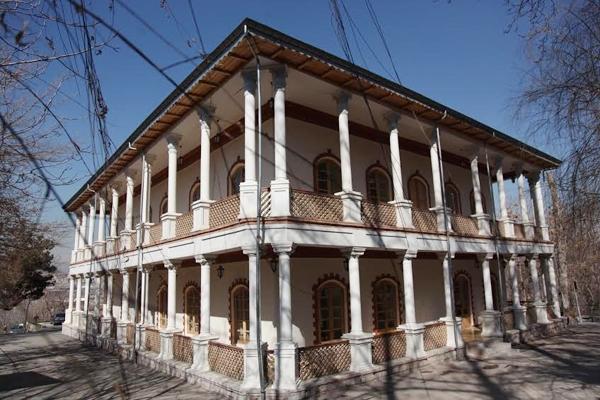مسجد جامعی در کاخ ضرب المثلها