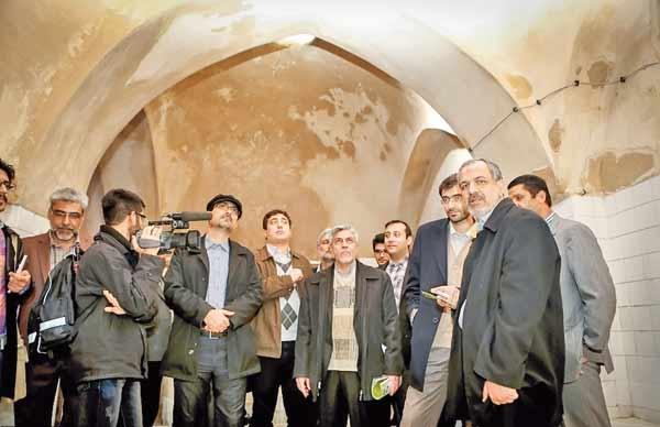 مأموریت رئیس شورای شهر برای حفظ عمارت ارباب هرمز