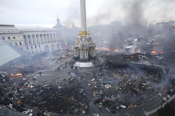 میدان استقلال کییف، پایتخت اوکراین - ۱۹ فوریه ۲۰۱۴