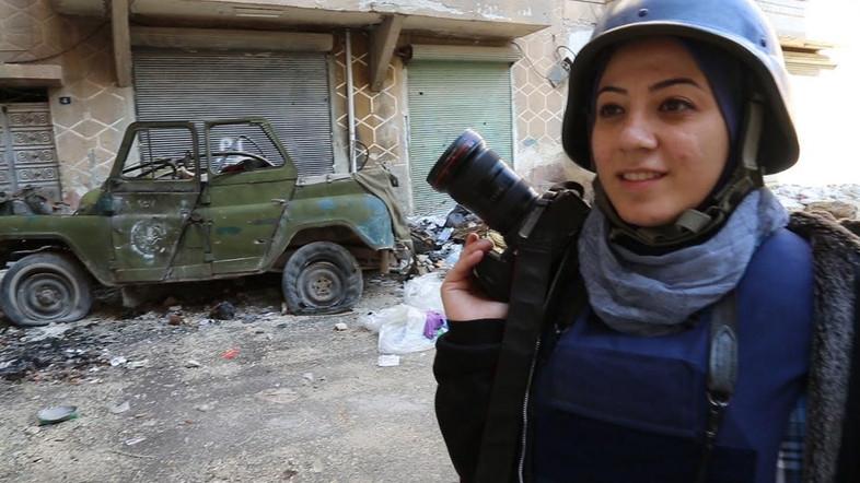 خبرنگار زن