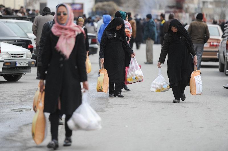 گزارش تصویری / توزیع سبد کالا در شهرستانها
