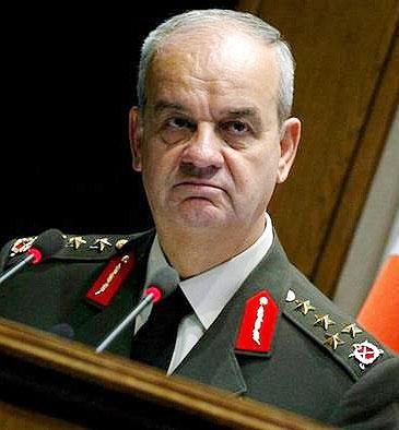 رئیس پیشین ستاد مشترک ارتش ترکیه از زندان آزاد شد