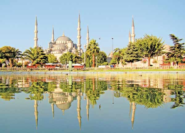 گزارش ساندی تایمز از سیل مهاجرت ایرانیها به ترکیه