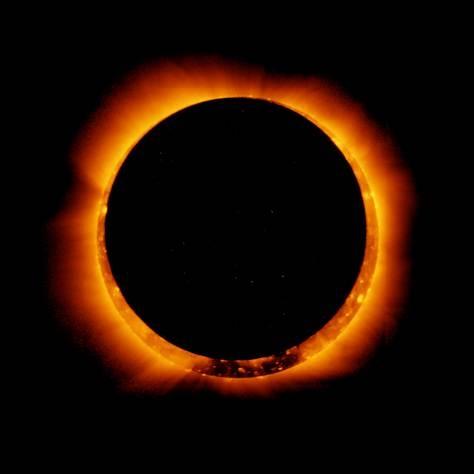 اولین خورشیدگرفتگی سال ۲۰۱۴ را ببینید