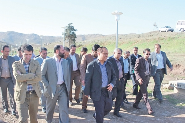 بوستانهای ملی شرق تهران عاملی برای کنترل رشد افقی شهر