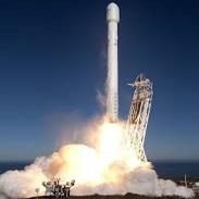 موشک فالکون ۹ در اقیانوس اطلس فرود آمد
