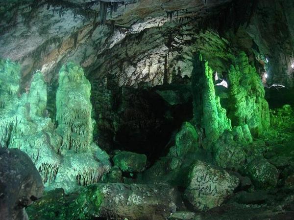آشنایی با غار دربند - سمنان