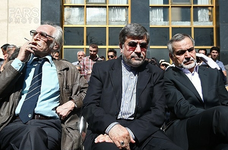 تصاویر مراسم تشییع استاد لطفی / سرود «ای ایران ای سرای امید»