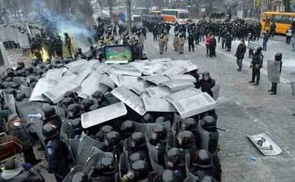 ده ها کشته و زخمی در درگیری های شهر ماریوپل اوکراین