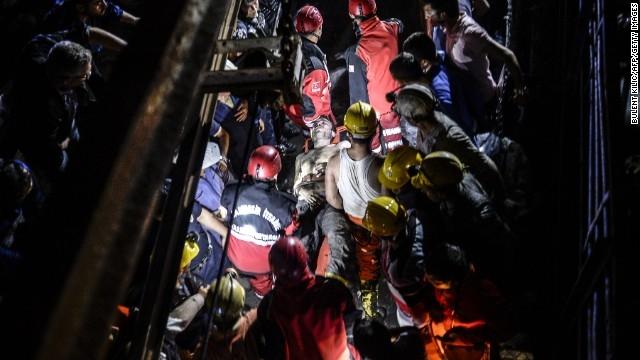 اعلام سه روز عزای عمومی در ترکیه؛شمار تلفات ۲۳۲ نفر