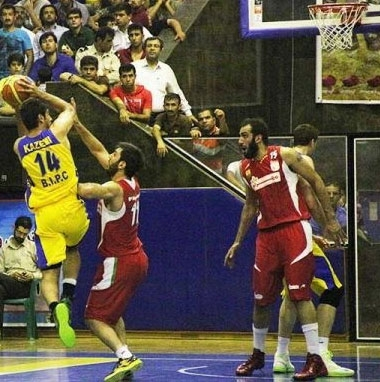دو پیروزی برای پتروشیمی بندر امام مقابل مهرام تهران در فینال