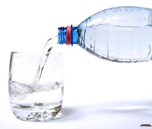 چه وقت باید آب بیشتری نوشید؟