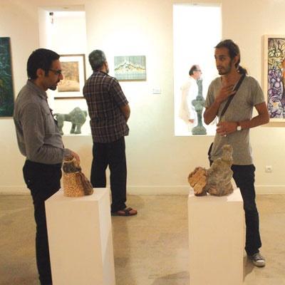 شاهنامهای مصور بر قابهای یک گالری