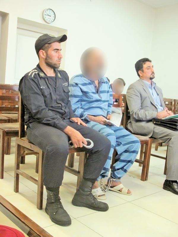 از سرقت خودروی پلیس تا آدمکشی در زندان