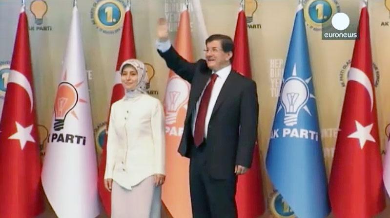 خداحافظی اردوغان  با نخست وزیری؛داوود اوغلو رهبر حزب عدالت و توسعه ترکیه شد