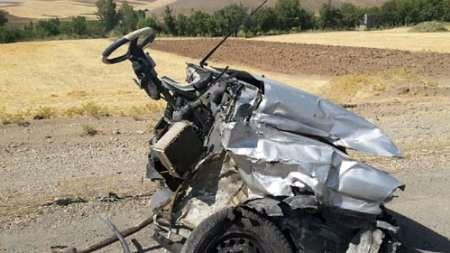 سواری پراید در سانحه رانندگی دو تکه شد