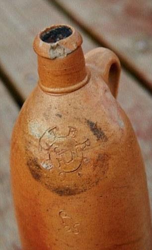قدیمیترین بطری آب معدنی جهان