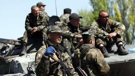 نیروهای ارتش اوکراین از فرودگاه لوهانسک عقب نشینی کردند