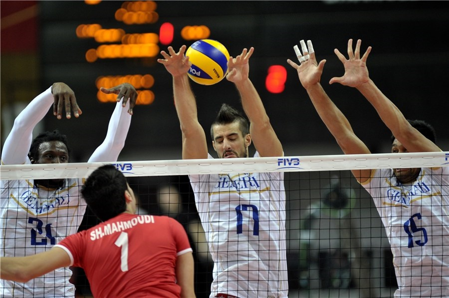 ایران ۲ - فرانسه ۳ / حالا جدال برای مقام پنجم والیبال جهان