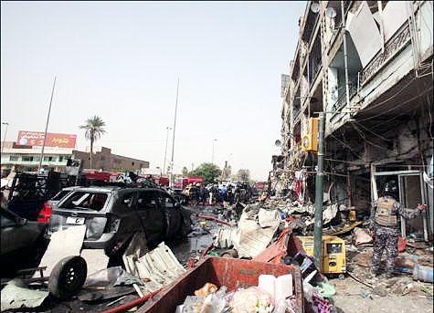 ۳۰ کشته و دهها زخمی در انفجارهای بغداد