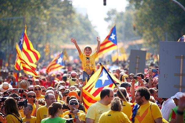 تاریخ همه پرسی استقلال ایالت کاتالونیای اسپانیا اعلام شد